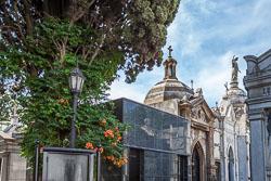 La-Recoleta-Cemetery--24.jpg