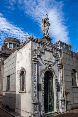 La-Recoleta-Cemetery--54.jpg